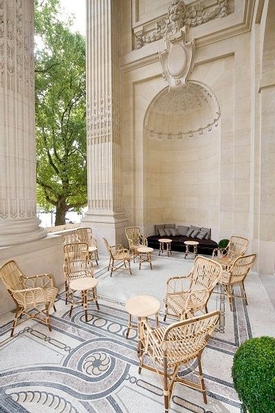I will definitely visit La Terrasse du Petit Palais in Paris during the next issue of Maison et Objet ;)  La Terrasse du Petit Palais, Paris