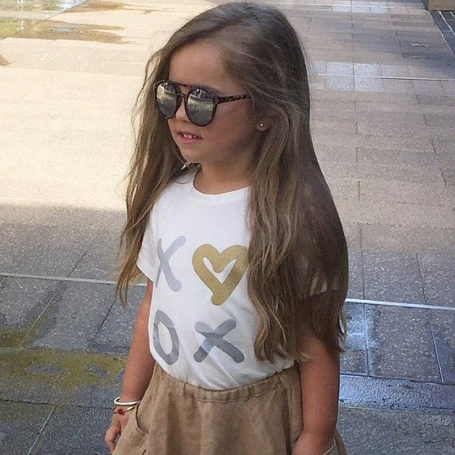 Kiss and Hug me tee Catgirl Organic Bamboo Cotton Limited Edition Printed kids t-shirts www.littlewildthingsT.com $24.95 Gorgeous pic from Instagram @kidsfashionblogger