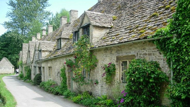 Cotswolds Day Trip from London & Oxford   International Friends