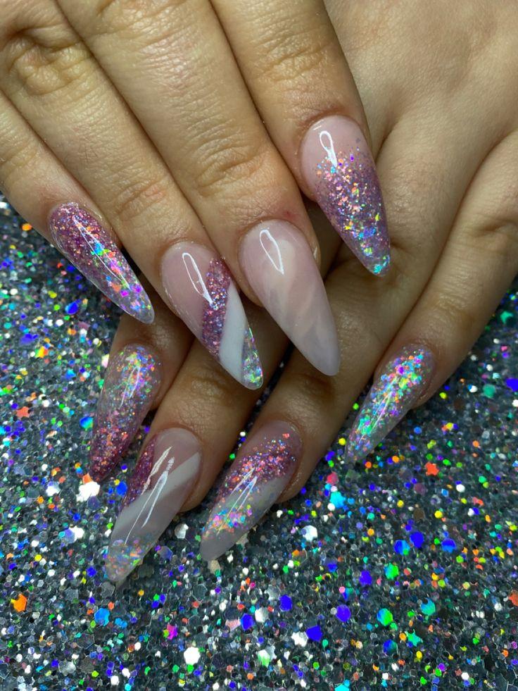 https://www.instagram.com/p/BLPOXttDZIO/ | Floral nail art, Nail art inspiration, Pretty nail art