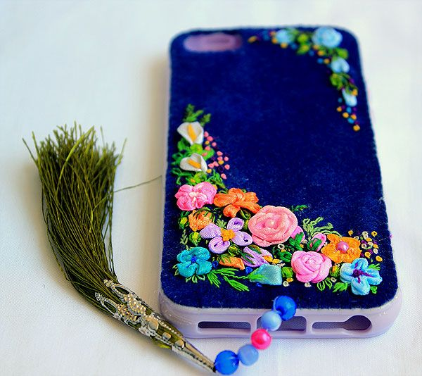 Blue silicine phone case with flowers. Handmade, embroidery ribbons.