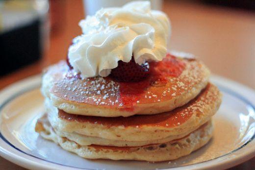 International House of Pancakes Copycat Recipes: IHOP New York Cheesecake Pancakes