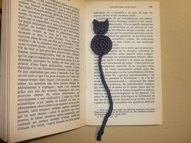 Marque page original - Chat gris crocheté en coton
