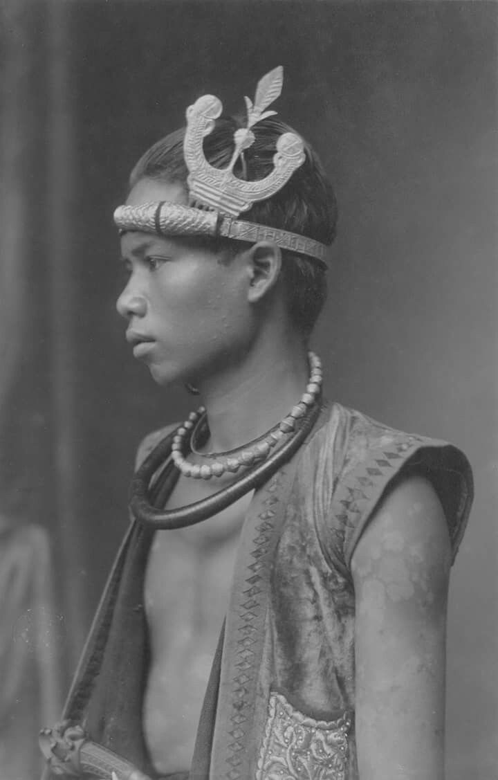 1918 - South Nias young man in party dress