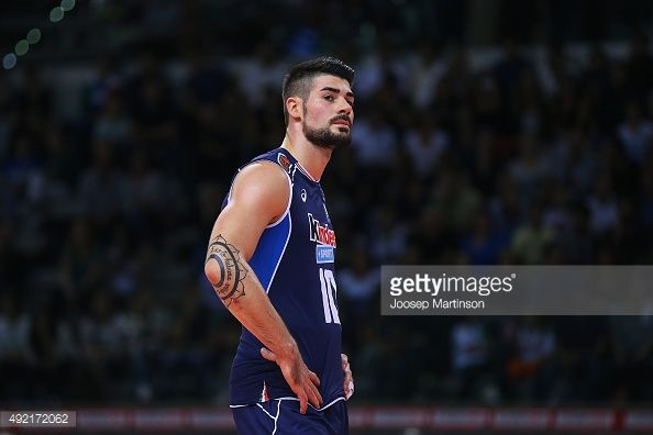 492172062-filippo-lanza-of-italy-looks-on-during-the-gettyimages.jpg (594×396)