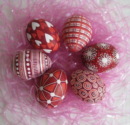 Red Easter eggs #GODIVA www.godiva.com