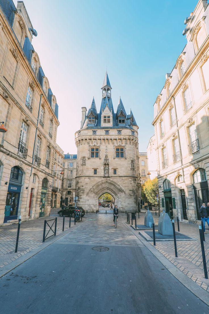 The Beautiful City of Bordeaux, France (24)