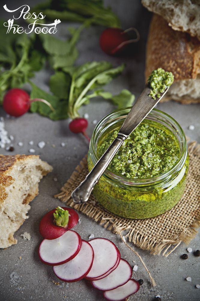 Pass the Food: Skoncentrowana esencja wiosny - pesto z liści rzodkiewki