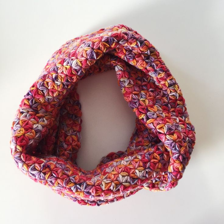 Jasmine stitch. Crochet. Hand dyeing yarn.