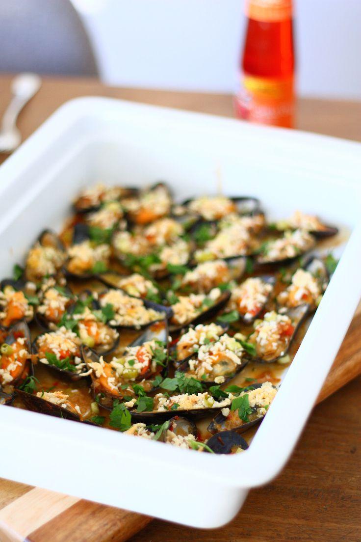 Gegratineerde mosselen met oestersaus en chili // Francesca Kookt