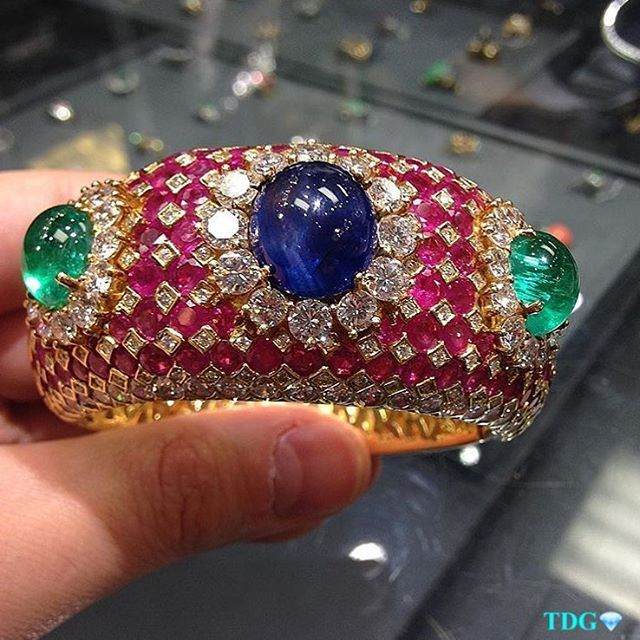 SERIOUSLY????? Is this not the most gorgeous happiest piece ever??? Love this! From the incredible collection a available at @josephsaidandson ... Sapphires and rubies and emeralds and diamonds come together as one happy gorgeous family!!! ❤️❤️❤️❤️❤️❤️❤️❤️