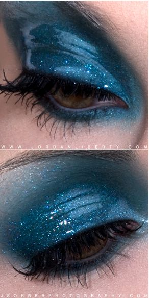 """The ""Wet Look"" for eyeshadow is really trending right now!  Although it's not always practical, it can be unique and pretty for special events!  All you need is to warm up a little bit of Vaseline and mix it with some eyeshadow.  Voila!"": Wet Looks, Make Up, Be Unique, Eye Makeup, Eye Shadows, Blue Eye, Glossy Eye, Special Events, Eyeshadows"