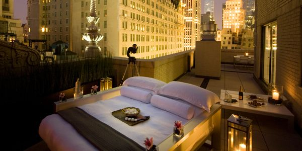 Central Park Hotel Outdoor Room: Outdoor Beds, Under The Stars, Outdoor Rooms, Glamorous Outdoor, Hotels Bedrooms, Parks Hotels, Central Parks, Parks Penthouses, Sleep Outside