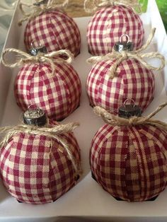 Adorable fabric-covered ornaments for that homespun/rustic Christmas look