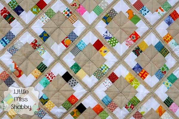 Free pattern: Candy Scraps quilt