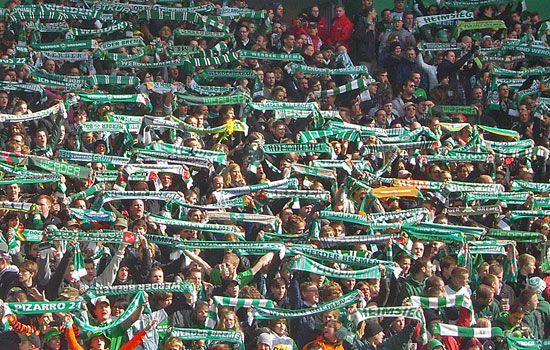 Werder-Fankurve im #Weserstadion #Bremen. http://www.liegeplatz-bremen.de/heimat/