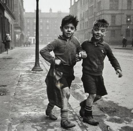 U.K. The Gorbals, Two boys in Clelland St,, Glasgow, 1948. // Bert Hardy.