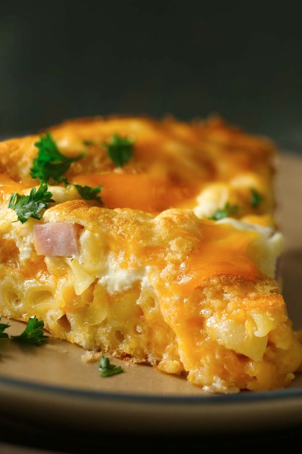 Savory baked pie made using ham, cheese, macaroni and Bisquick!