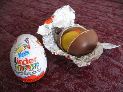 Beograđanka u ŠOKU! Kupila je Kinder jaje, ali ju je ZAPANJILO ono što je na njemu videla!
