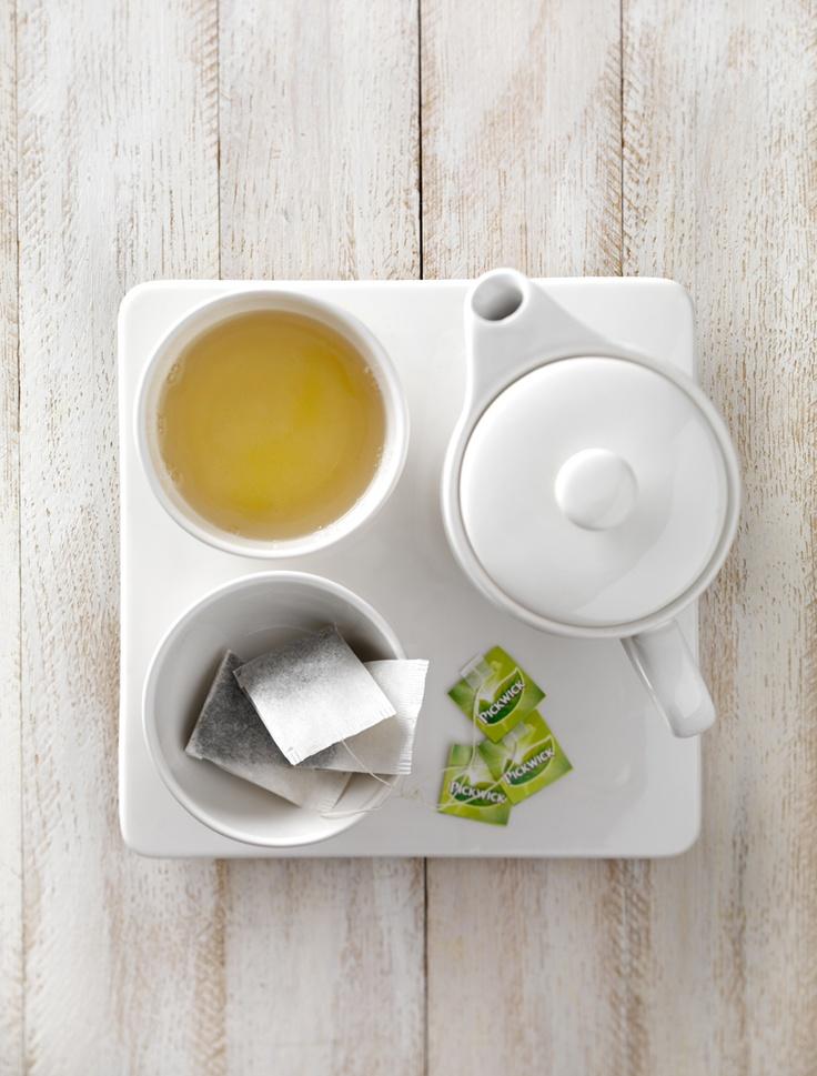 Pickwick Tea Porcelain Cups + Tea Tips Set