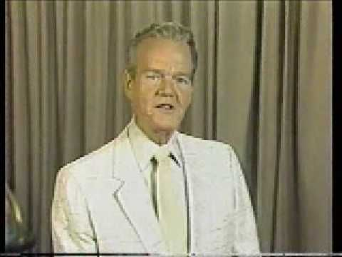 """▶ Paul Harvey on social security (1985) - YouTube  ... An amazing prophet from the last of the """"greatest generation"""" ... amazing and brilliant man. Less than 2 minutes long!"""