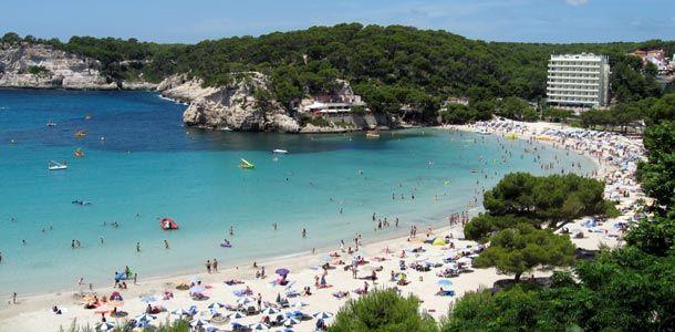 Menorcan parhaat rannat - http://www.rantapallo.fi/rantalomat/pala-paratiisia-valimerella-menorcan-viisi-parasta-rantaa/