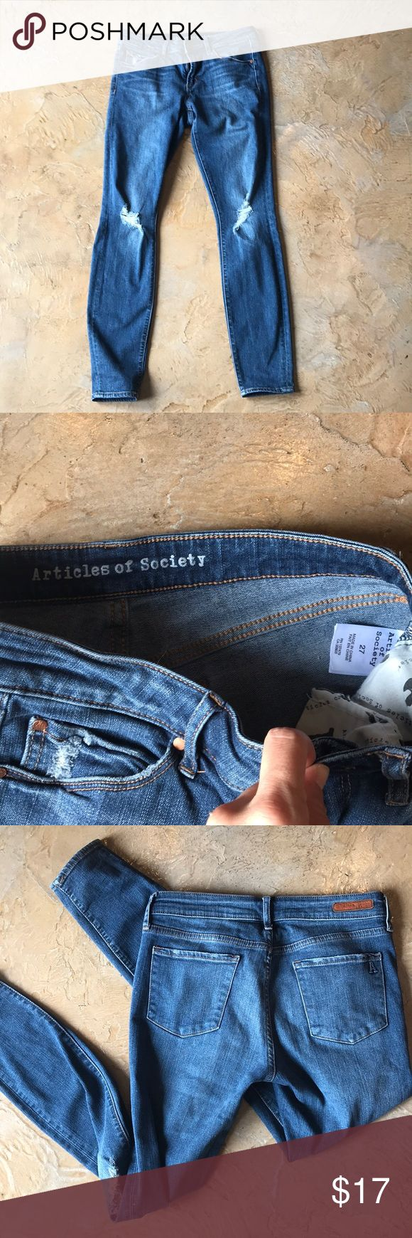 Women's Article of Society Jean size 27 Worn once, jeans have alittle stretch, very comfortable. Articles Of Society Jeans Skinny