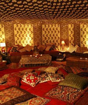 tapis et coussin, intérieur douillet