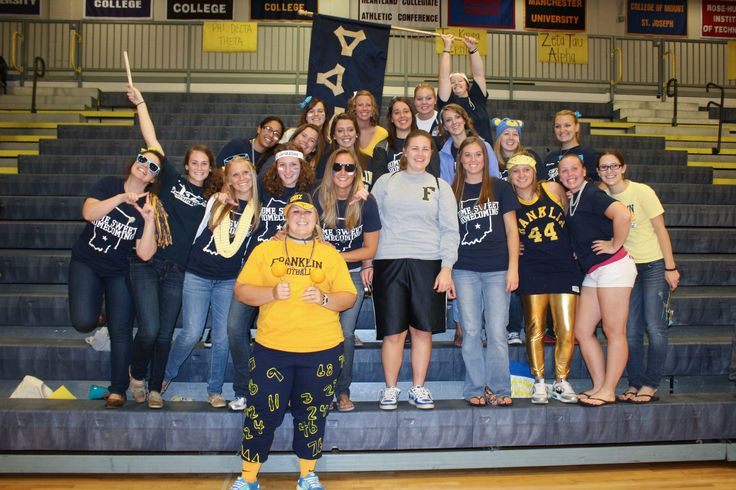 Franklin sisters show school spirit during Homecoming.