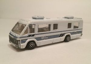Road Champs 1990 Deluxe Series Winnebago Chieftain West Caldwell 1 64 | eBay