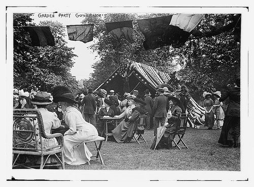 Photo shows an annual lawn party, possibly in 1911, sponsored by the Army Relief Society, which raised money for widows & orphans of officers & enlisted men of the regular army. - The Library of Congress Garden Party, Governor's Island . Creative commons