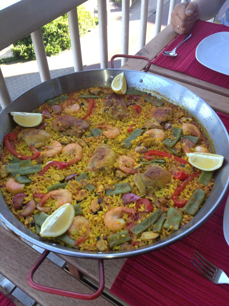 Authentic Spanish Recipe - Paella Valenciana