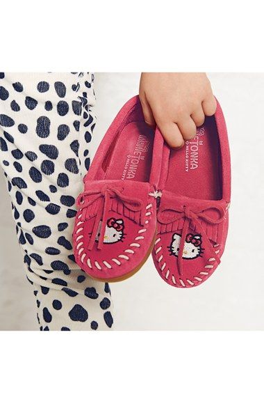 Minnetonka 'Hello Kitty® - Kilty' Moccasin (Walker, Toddler, Little Kid & Big Kid) | Nordstrom