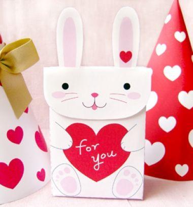 DIY bunny Valentine's day gift bags (with printable) / Valentin- napi nyuszis dísztasak nyomtatható mintaívvel/ Mindy
