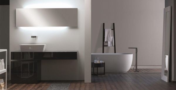 High quality modern furniture design by Toscoquattro square stand tap