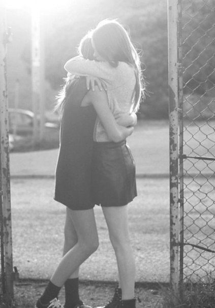 #hug besties friends friendship love sad girls