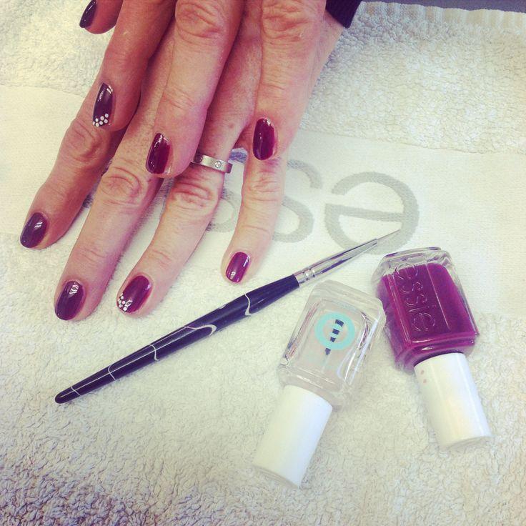 Nail art realizzata con smalto essie viola e brillantini bianchi su anulare... #nails #nail #fashion #style #TagsForLikes #cute #beauty #beautiful #instagood #pretty #girl #girls #stylish #sparkles #styles #gliter #nailart #art #opi #photooftheday #essie #unhas #preto #branco #rosa #love #shiny #polish #nailpolish #nailswag