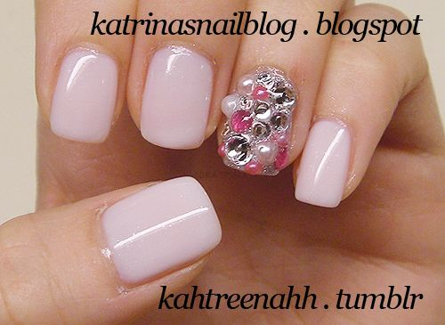 I think I wanna try blinging all my nails!
