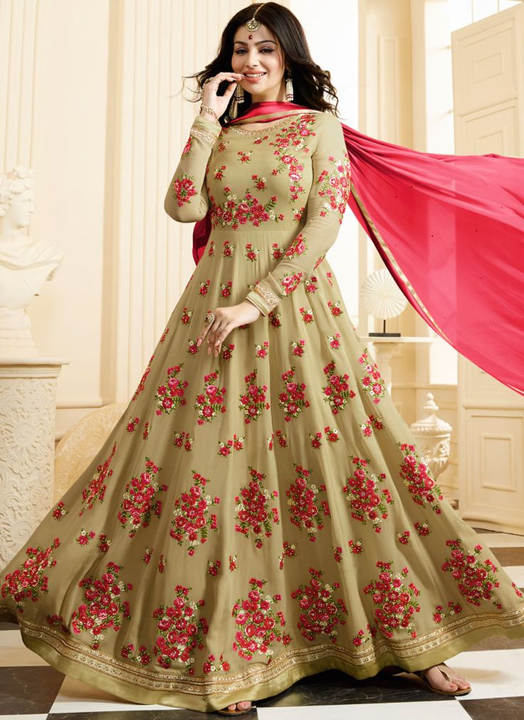 Saree Fantacy is an Ethnic Wear Online Shop for Indian Sarees Online, Salwar Kameez Online, Lehenga Choli, Anarkali Suits, Designer Wedding Sarees.