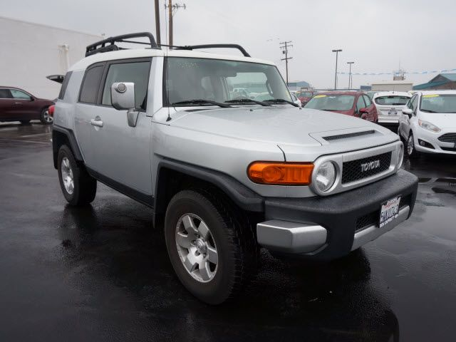 i like this 2007 toyota fj cruiser what do you think. Black Bedroom Furniture Sets. Home Design Ideas
