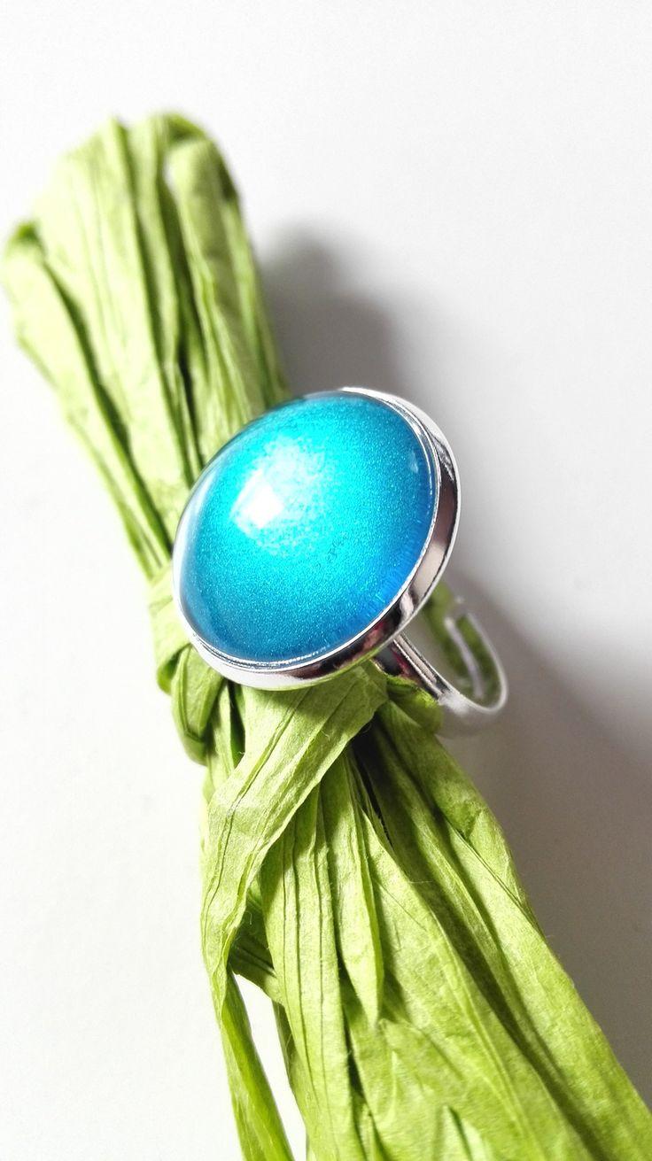 Bague cabochon celtique bleu électrique argenté féérique Ecosse Irlande Medieval Outlander Claire Fraser : Bague par miss-perles