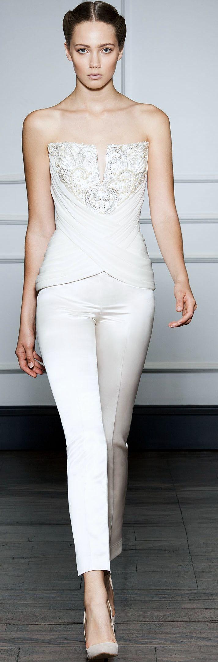 Top bustier brodé de perles et pantalon de mariée - Tenue: Dilek Hanif Couture FW 2014 - 2015 - La Fiancée du Panda blog Mariage et Lifestyle