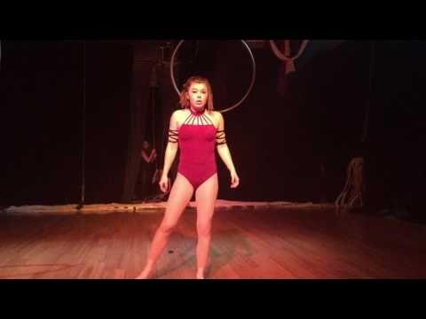 Isabeau Kennedy Lyra Routine - YouTube