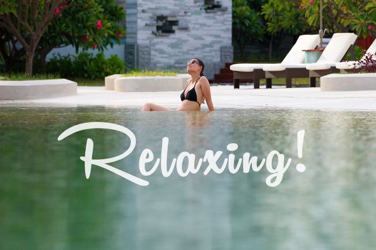 #sanya #pool #Relaxing #whererefreshingbelongs #hotel #bikini #summer #SanyaRepin #SanyaHeartstoHearts #vacation #trip #holiday #tropicalparadise