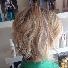 Textured bob and balayage highlights blonde hair