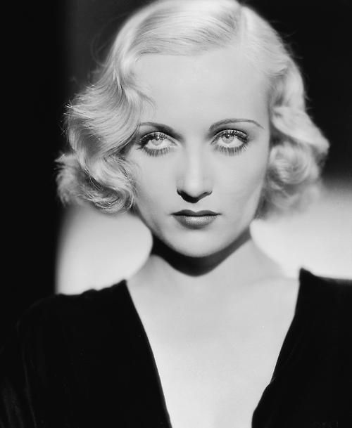 Carole Lombard. Check out my painting inspired by this photo! http://media-cache-ak0.pinimg.com/750x/38/b2/3e/38b23e9548db16351bad4e5c35fa1a06.jpg My absolute fav...those eyes. Sad she died as young as she did. But I miss screwball comedy actresses! Not enough of them anymore.