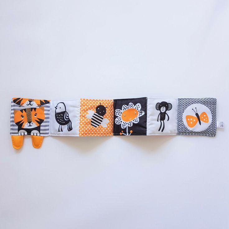 Wee Gallery : Tip Toe Tiger - Livre en tissu pour bébé