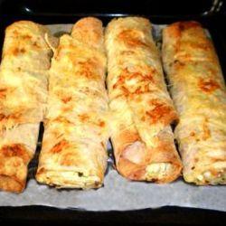 Горячая закуска из лаваша: гости в восторге от такого блюда