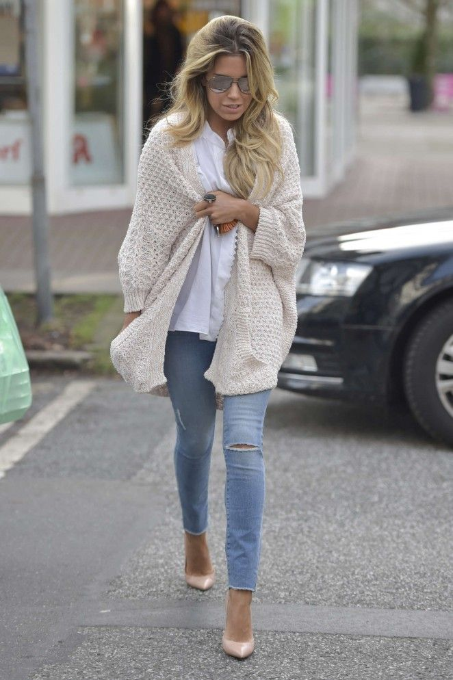 Sylvie Meis in Tight Jeans -03
