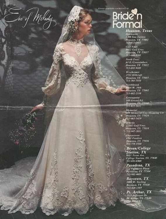 Feel in love with this dress back in 1982 when I was looking for my wedding dress_Eve of Milady